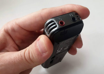 Sony ICD PX470 Diktiergerät - Anschlüsse